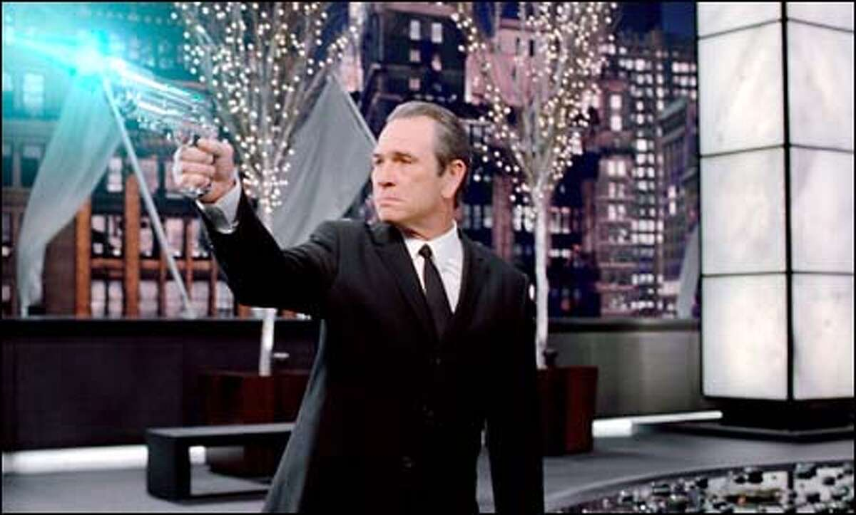 Agent Kay (Tommy Lee Jones) returns from retirement to battle a new alien threat.