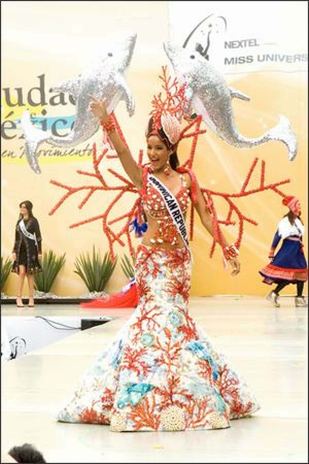 Massiel Taveras, Miss Dominican Republic 2007, participates in the 2007 Miss Universe National Costume Show at the Angel of Independence in Mexico City on May 20.