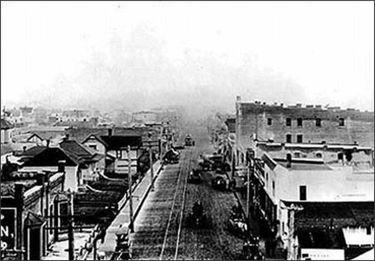 One of the earliest shots of Ballard shows the rapidly growing metropolis circa 1900.