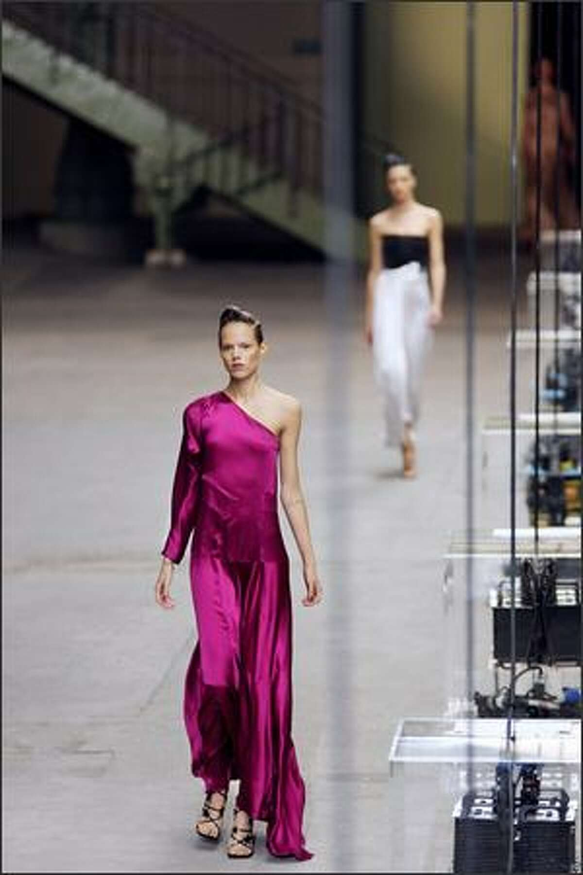 A model presents a creation by Italian designer Stefano Pilati for Yves Saint Laurent during Spring/Summer 2008 ready-to-wear collection show in Paris.