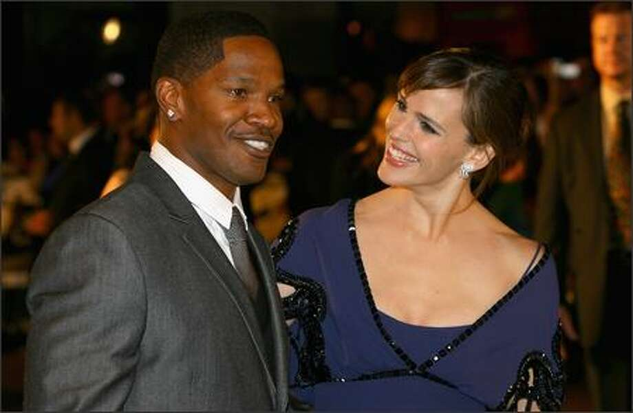 Jamie Foxx and Jennifer Garner attend The Kingdom film premiere held at the Odeon West End on October 4, 2007 in London. Photo: Getty Images