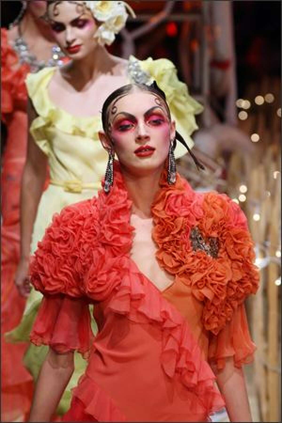 A model presents a creation by British designer John Galliano during Spring/Summer 2008 ready-to-wear collection show in Paris, 06 October 2007.