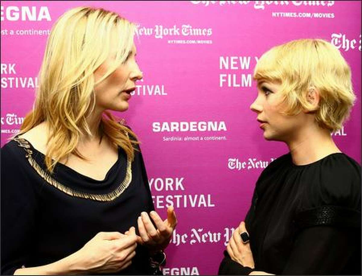 """Actresses Cate Blanchett (L) and Michelle Williams attend the New York Film Festival screening of """"I'm Not There"""" at Frederick P. Rose Hall October 4, 2007 in New York City."""