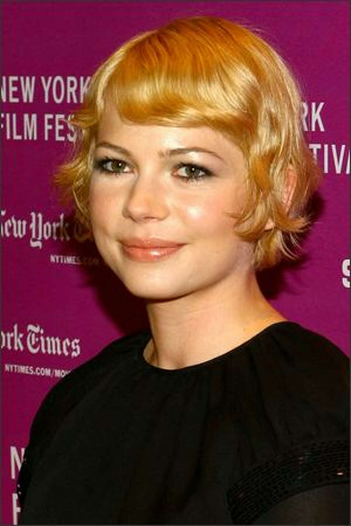 """Actress Michelle Williams attends the New York Film Festival screening of """"I'm Not There"""" at Frederick P. Rose Hall October 4, 2007 in New York City."""