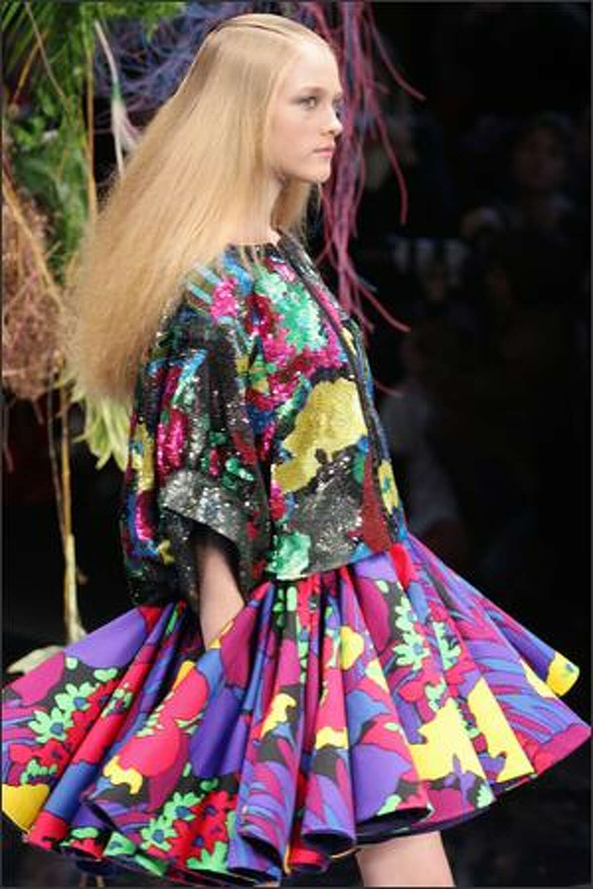 A model presents a creation by Italian designer Antonio Marras for Kenzo during Spring/Summer 2008 ready-to-wear collection show in Paris, 06 October 2007.