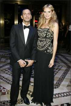 Designer Marc Jacobs (L) and model Heidi Klum (R) attend the 11th Annual ACE Awards at Cipriani in New York City. Photo: Getty Images