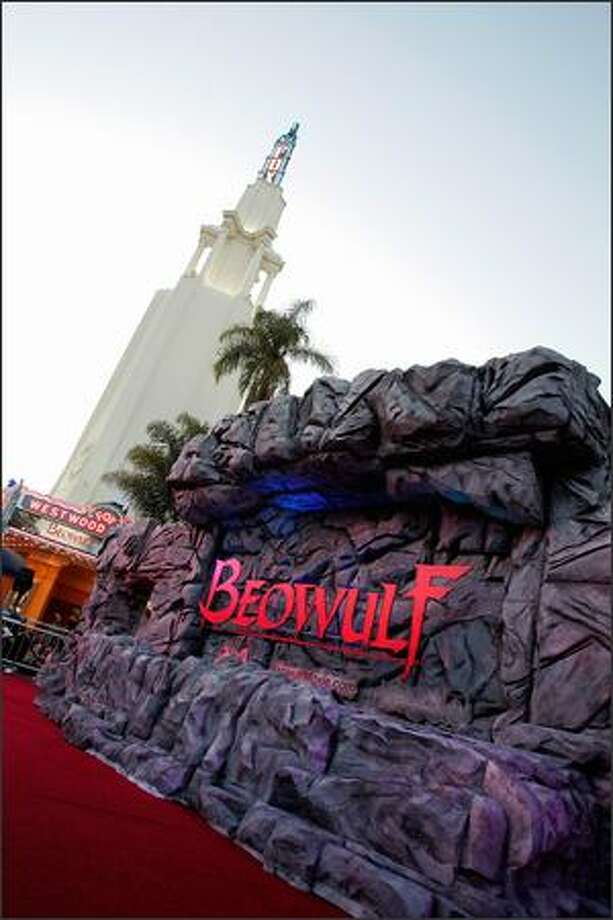 Beowulf Hero Essay