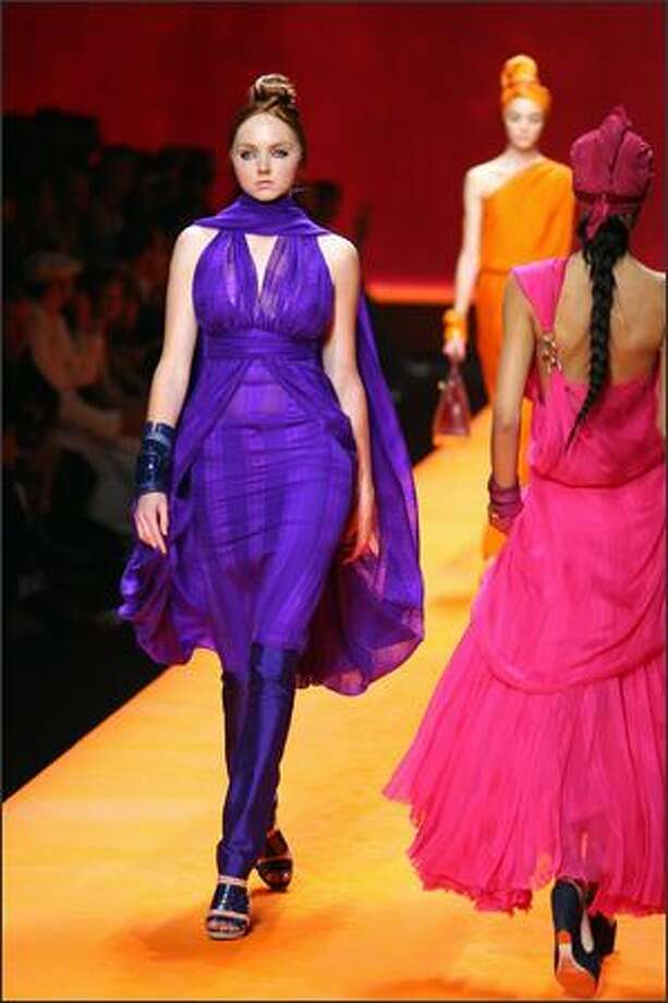 British model Lily Cole presents a creation by French designer Jean Paul Gaultier for Hermes during Spring/Summer 2008 ready-to-wear collection show in Paris, 06 October 2007. Photo: Getty Images