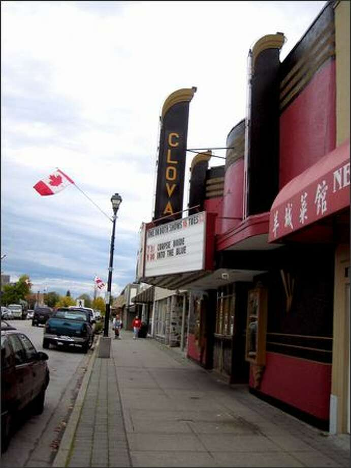 "The Clova movie theater in Cloverdale stands in for the Talon coffeehouse on The WB's ""Smallville."" Photo: Athima Chansanchai/Seattle Post-Intelligencer"