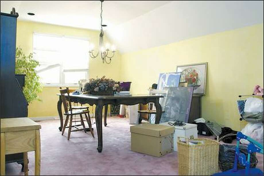 Before the redesign. Photo: / HGTV
