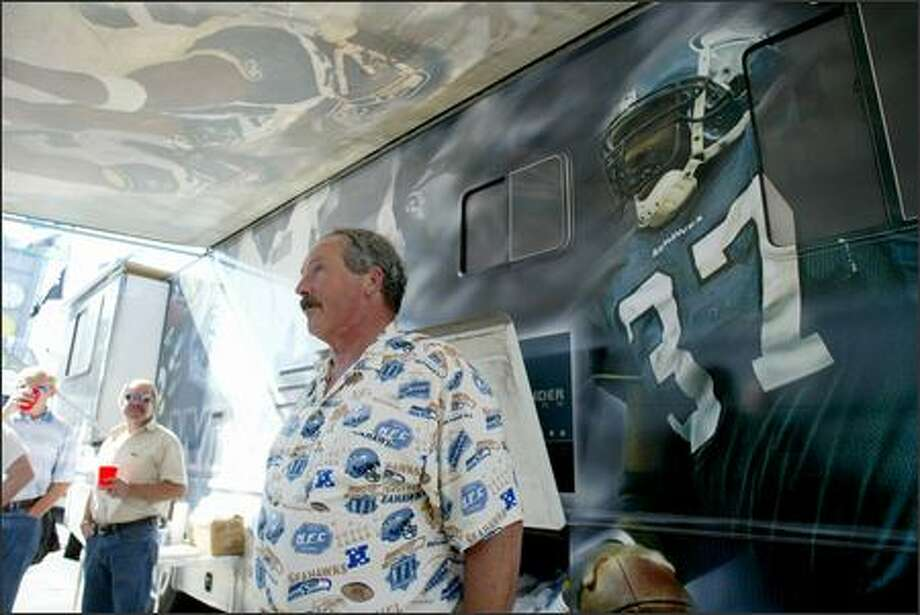 Jerry Martinez, owner of a 38-foot RV dubbed the Seahawk Express, wants to organize a convoy of Seahawks fans to go to Detroit. Photo: Scott Eklund/Seattle Post-Intelligencer