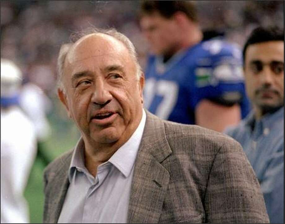 Ken Behring, then-owner of the Seahawks, was unhappy with the Kingdome situation. Photo: / Seattle Post-Intelligencer