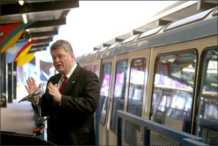 Seattle Mayor Greg Nickels explains a plan to get the Monorail rolling again. Photo: Phil H. Webber/Seattle Post-Intelligencer