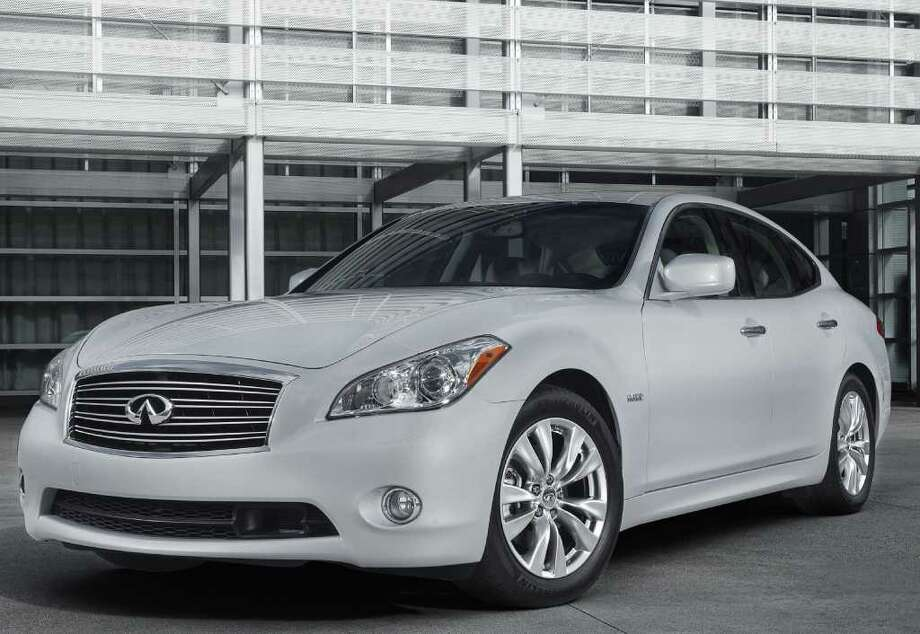 The 2012 Infiniti M35h gasoline-electric hybrid is now on sale with a starting price of $53,700 plus freight. Photo: COURTESY OF NISSAN NORTH AMERICA INC. / PR and editorial Usage only. Contact Konoske Photography for further usage.