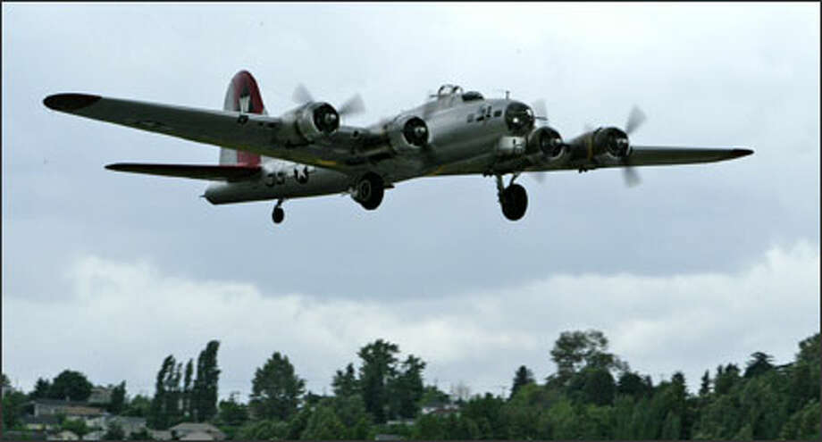 The Aluminum Overcast takes flight. Photo: Gilbert W. Arias/Seattle Post-Intelligencer / Seattle P-I