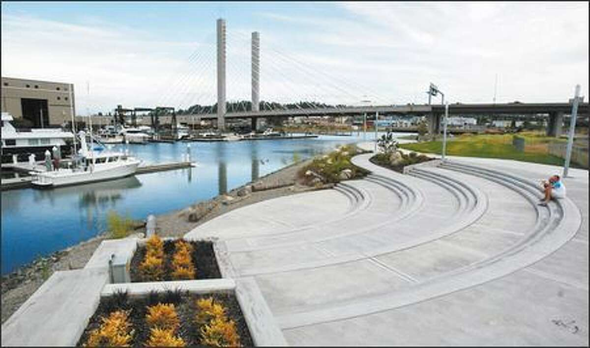 A once-ugly, polluted industrial area along the Thea Foss Waterway in Tacoma is now an attractive public walkway.