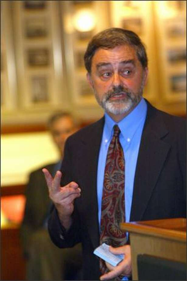 Democrat Jim Street speaks at the Seattle Yacht Club recently. Photo: Grant M. Haller/Seattle Post-Intelligencer