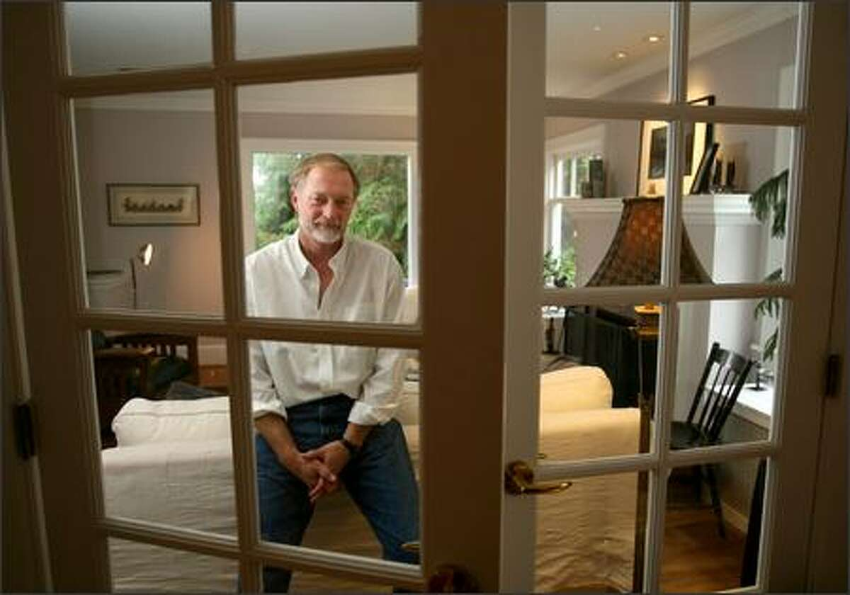 """Erik Larson, the best-selling author of """"The Devil in the White City,"""" tells the tales of two men, one a genius, the other a murderer, in """"Thunderstruck."""""""