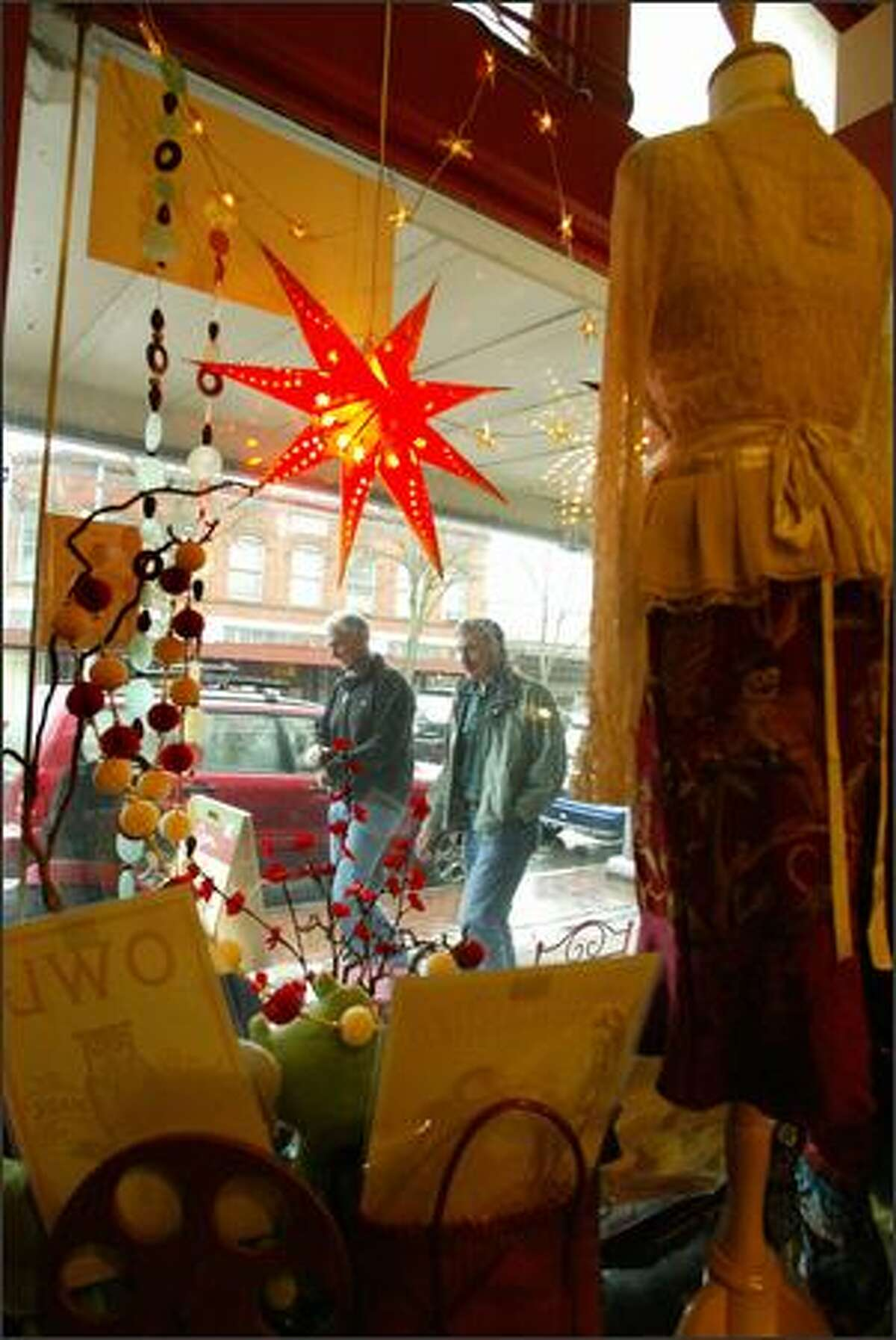Andaluz is a three year old shop in Columbia City offering an eclectic selection of clothing, gifts and jewelry.