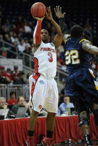 NIT secound round; Fairfield vs. Kent State at the Webster Bank Arena at Harbor Yard in Bridgeport on Sunday, March 20, 2011. Photo: Brian A. Pounds / Connecticut Post