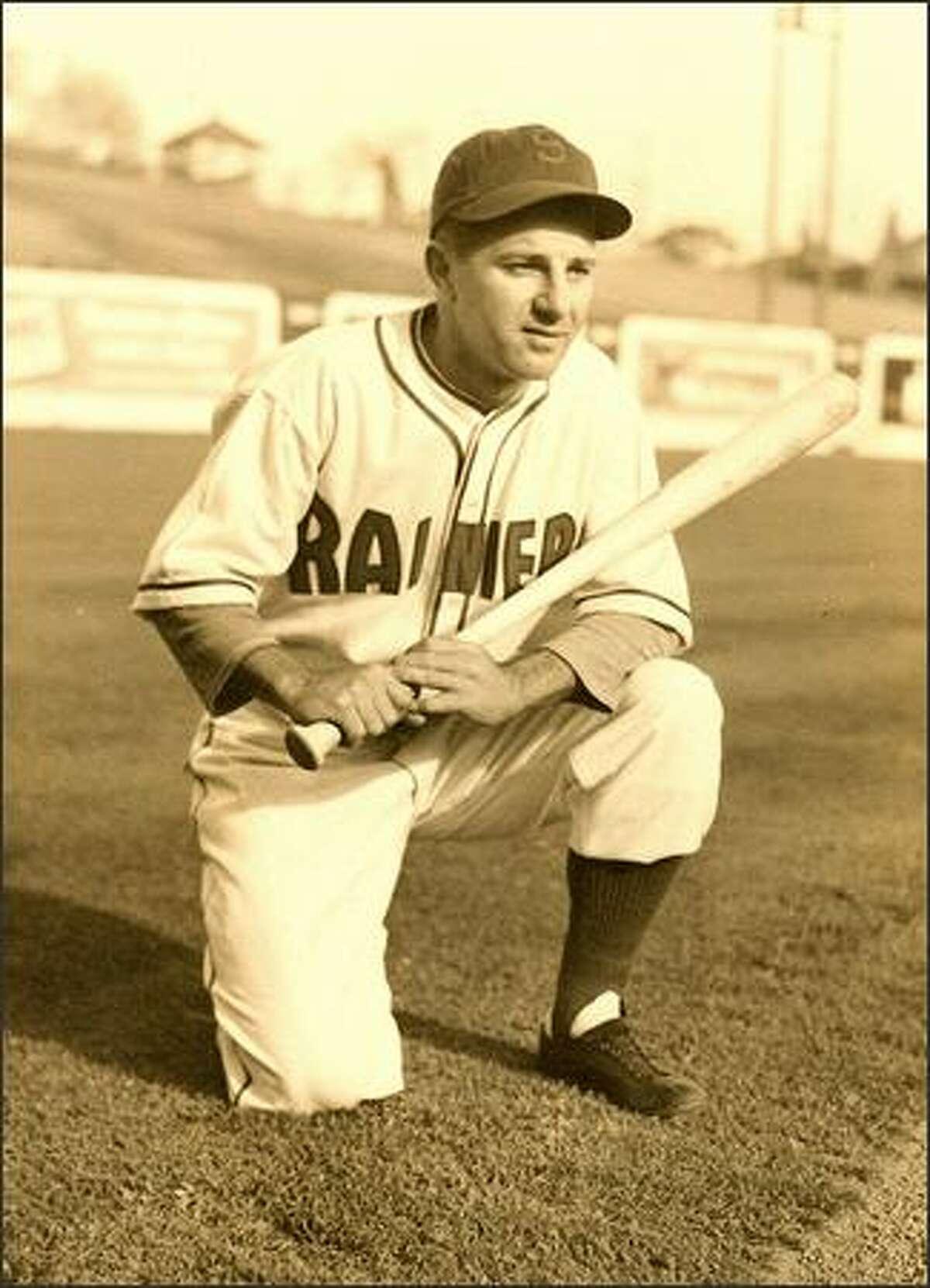 Edo Vanni as a Seattle Rainier at Sicks' Stadium in 1946.