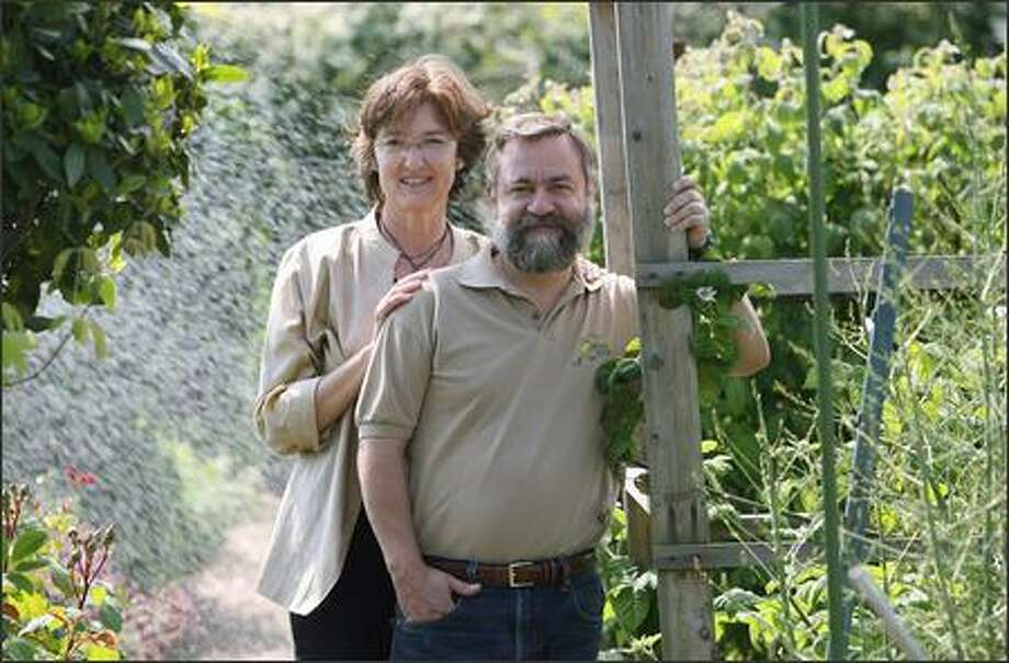 Best-selling novelist Barbara Kingsolver and her husband, Steven Hopp, fed their family for a year on organic food from their Virginia farm and from local farmers markets. Photo: Mike Urban/Seattle Post-Intelligencer
