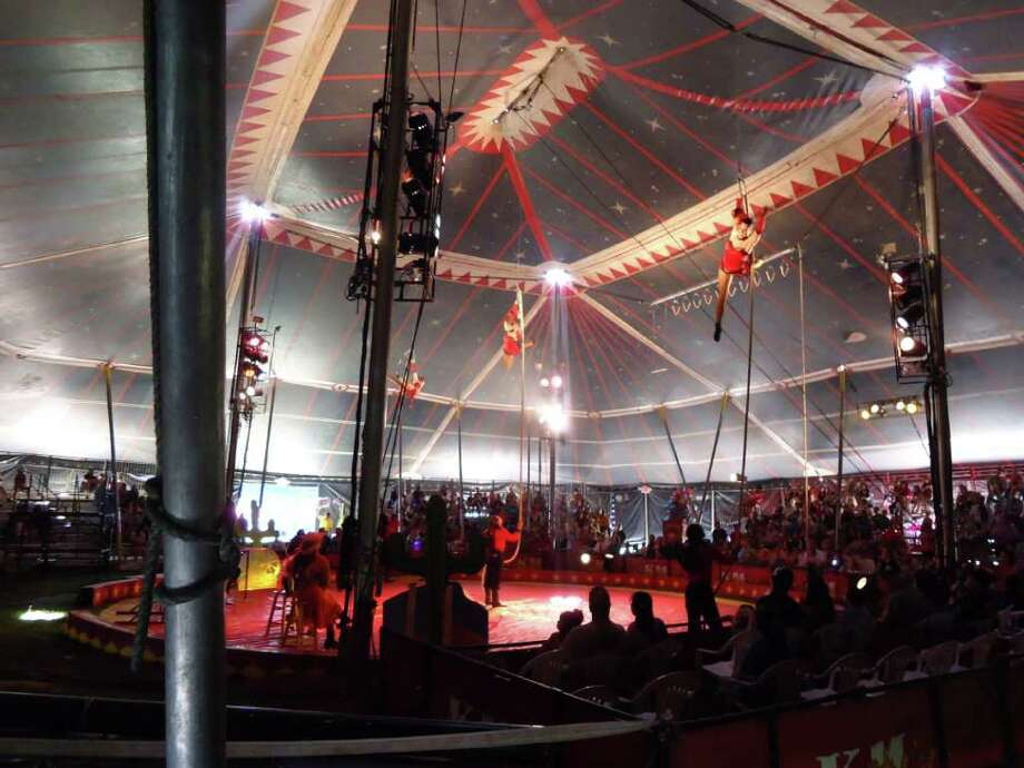 Acrobats at Kelly Miller Circus March 20 Photo: Jodie Warner