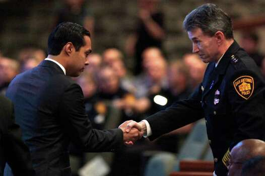Metro daily  - San Antonio Mayor Julian Castro, left, greets Police Chief William McManus during the funeral service for fallen San Antonio Police Officer Stephanie Ann Brown, at Community Bible Church, Monday, March 21, 2011. Photo Bob Owen/rowen@express-news.net Photo: Bob Owen, San Antonio Express-News / rowen@express-news.net