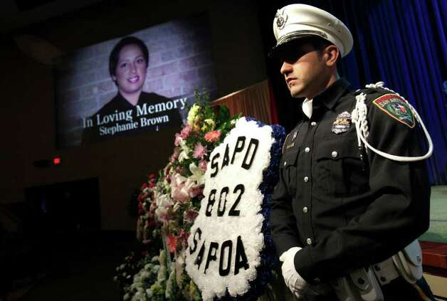 Metro daily  - A member of the Honor Guard from San Antonio Police Department stands guard druing the funeral service for San Antonio Police Officer Stephanie Ann Brown, at Community Bible Church, Monday, March 21, 2011. Photo Bob Owen/rowen@express-news.net Photo: Bob Owen, San Antonio Express-News / rowen@express-news.net