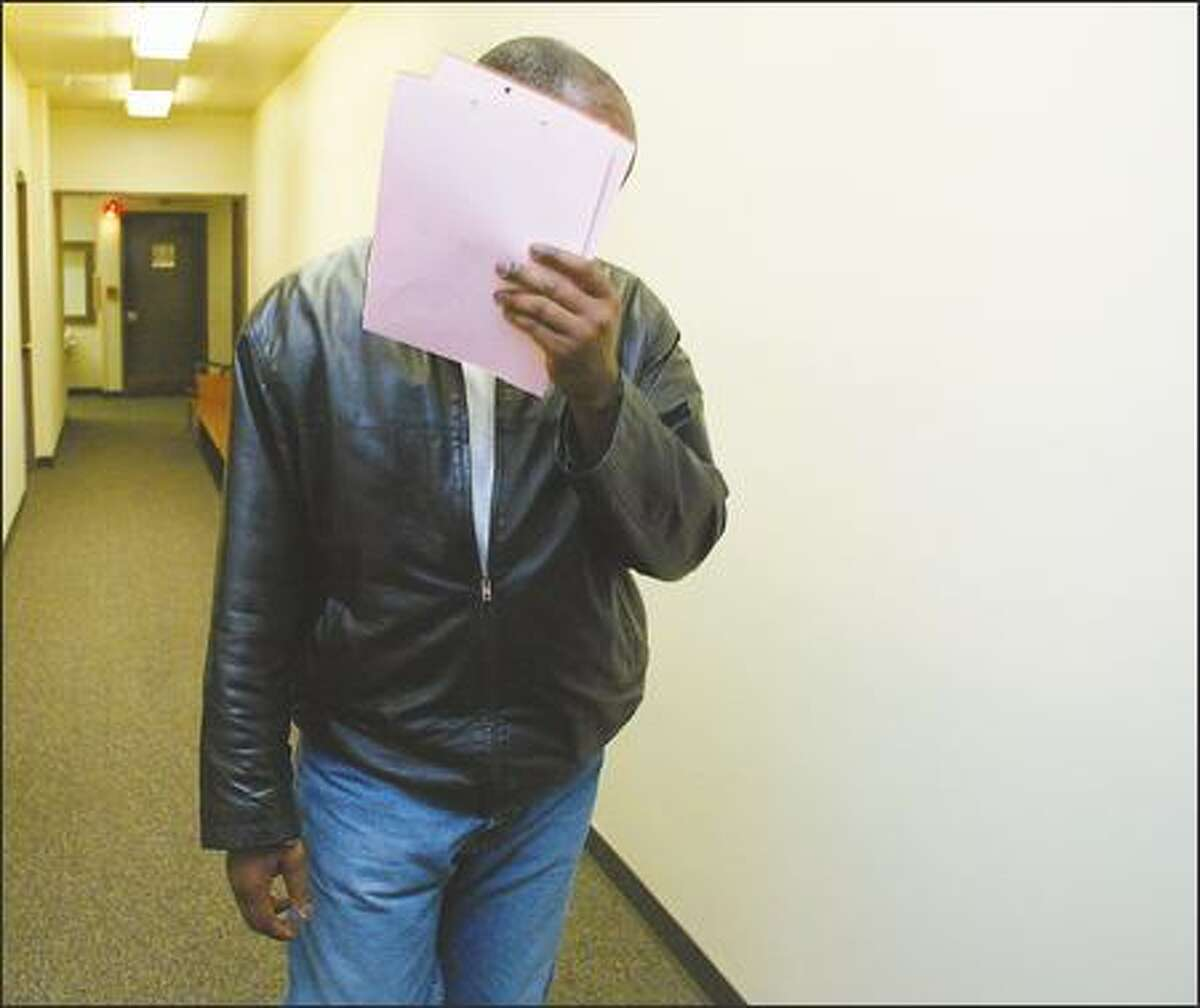 Dwight Hunter, a Bellevue officer, received a 30-day job suspension and deferred prosecution, but his license was not suspended for DUI because the report was not sent to the Department of Licensing.