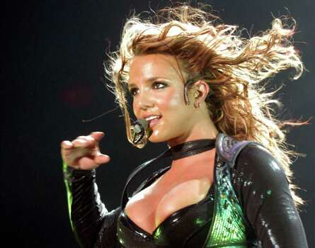 Singer Britney Spears performs during her concert in Frankfurt's Festhalle Friday May 14, 2004, during her European 'The Onyx Hotel Tour 2004'. Photo: BERND KAMMERER, AP / AP