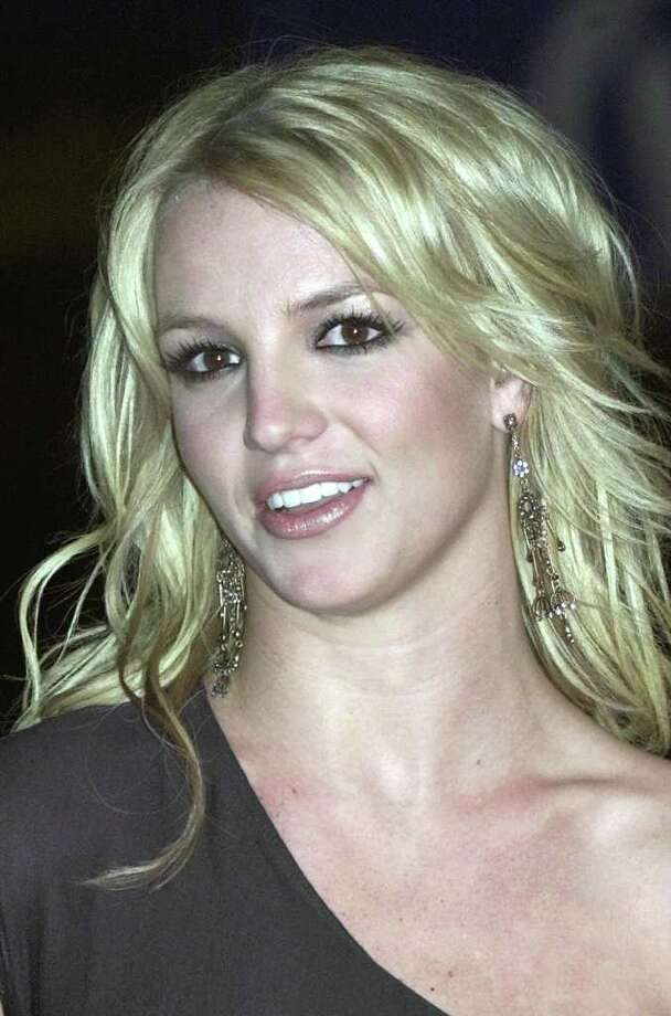 Review Britney Spears Femme Fatale Shows Spark San
