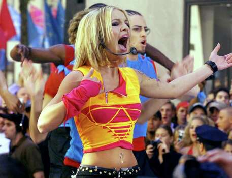"FEATURES / ADVANCE -- Pop star Britney Spears performs on NBC's ""Today"" show Friday, June 30, 2000, in New York's Rockefeller Center. Photo: RICHARD DREW, AP / AP"