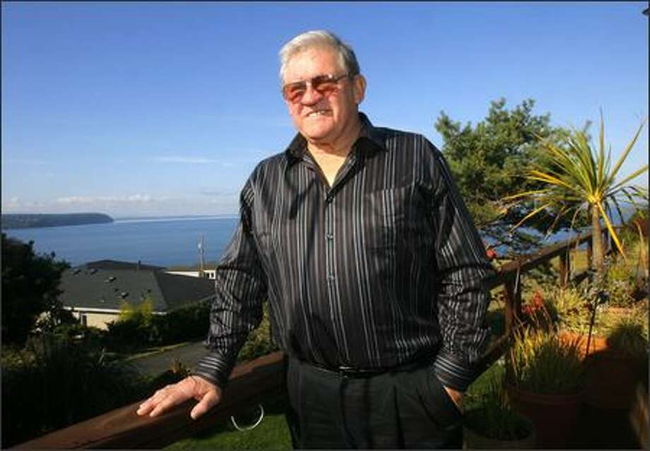 Chuck Allen, 68, photographed at his home in Port Townsend, retired from football after 20 seasons as director of pro scouting for the Seahawks. Photo: Gilbert W. Arias/Seattle Post-Intelligencer
