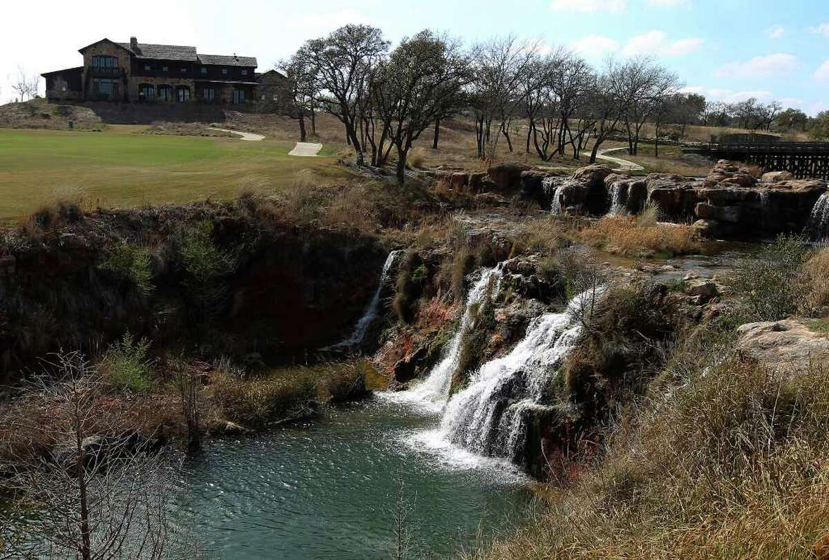 A waterfall highlights the 10th hole at Boot Ranch.