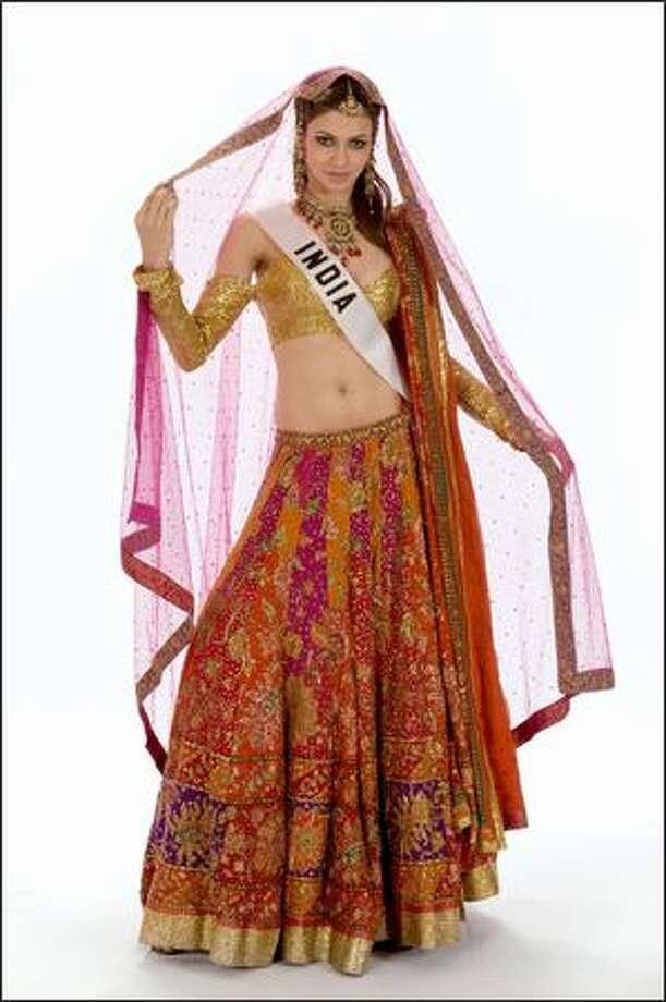 Finalist No. 4 of 10: Simran Kaur Mundi, Miss India 2008. Photo: Miss Universe L.P., LLLP