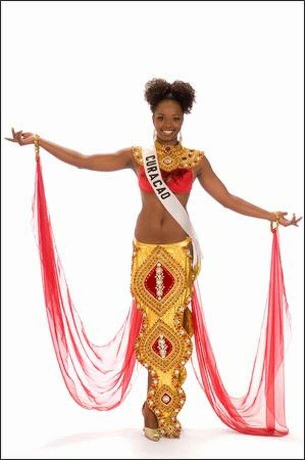 Jenyfeer Mercelina, Miss Curacao 2008. Photo: Miss Universe L.P., LLLP
