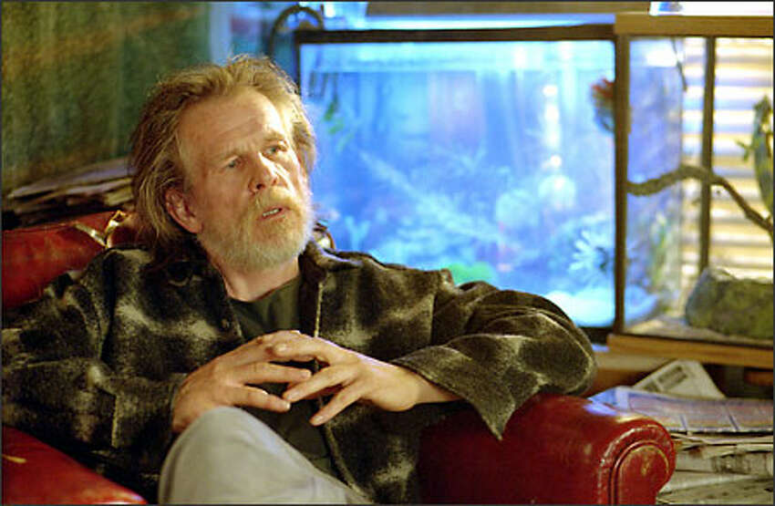 Bruce's father, the engimatic scientist David Banner (Nick Nolte), holds the secret to the Hulk's transformation.