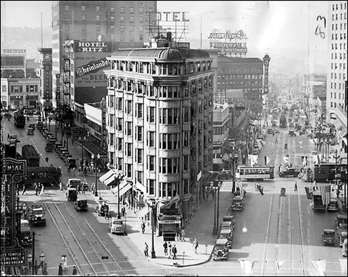 The Plaza Hotel: The old Plaza Hotel was built in 1905 at the corner of Fourth Avenue and Pike Street; it was torn down in 1935 to make way for a Bartell Drugs store. The Plaza was one of the first buildings built in the Pike District. Westlake Park is now on the site where the hotel used to be.