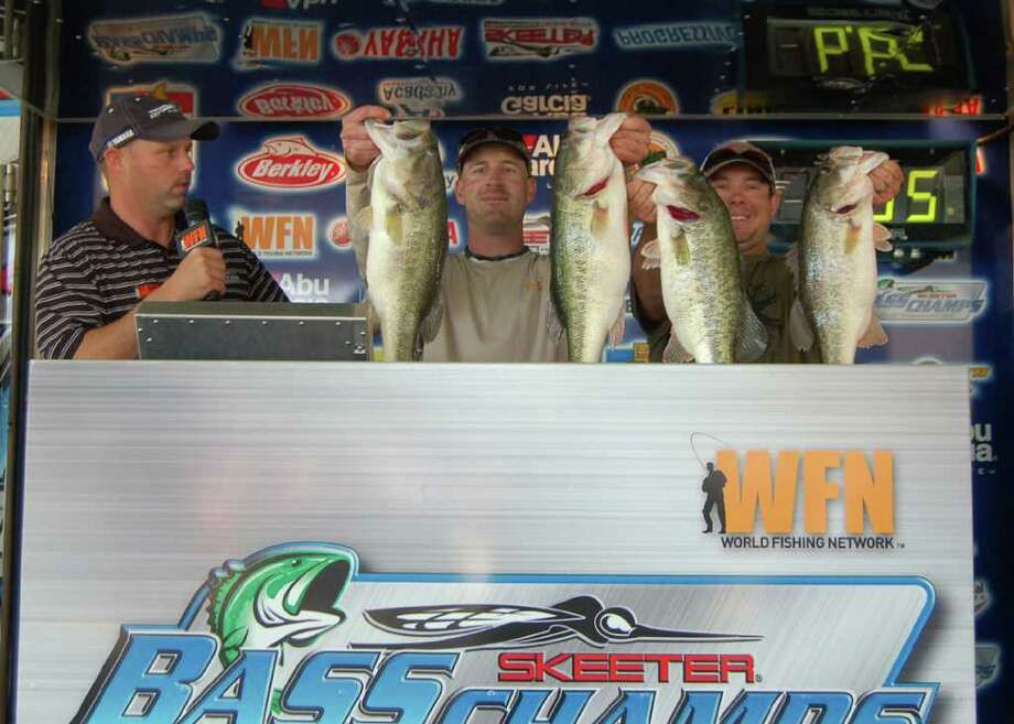 Jonathan Garrie and Keith Morris dominated the event with 29.94 lbs winning $20,000  Photo by Patty Lenderman / Lakecaster