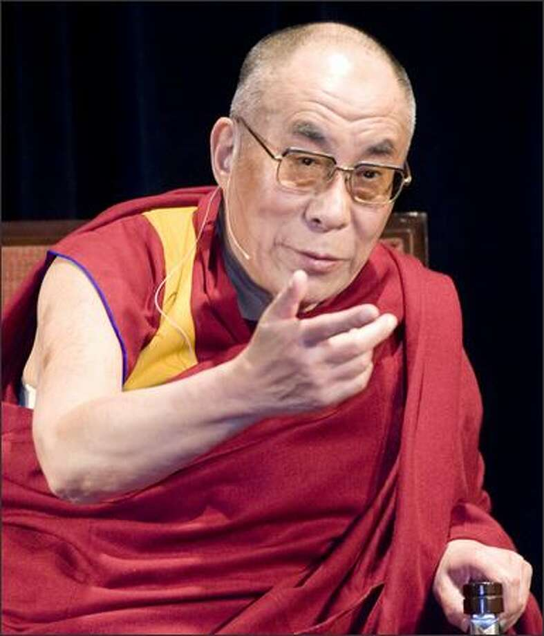 The Dalai Lama answers questions about the current situation in Tibet. Photo: Grant M. Haller/Seattle Post-Intelligencer