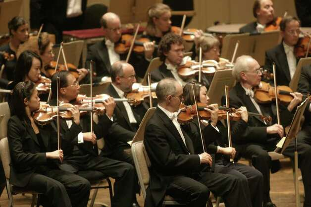 Boston Symphony Orchestra violins (Michael Lutch) Photo: Michael Lutch