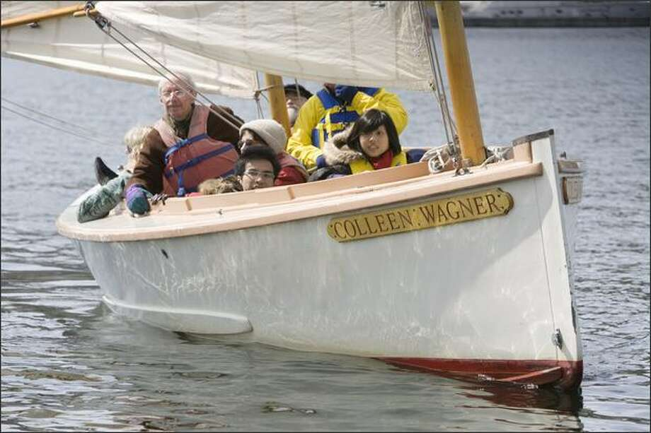 A group takes a sail on the Colleen Wagner at the Center for Wooden Boats. Photo: Grant M. Haller/Seattle Post-Intelligencer
