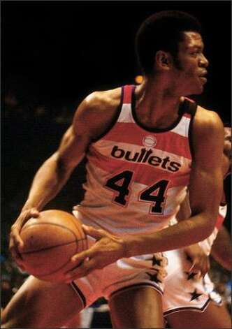 Pace (No. 44) of the Washington Bullets looks to pass against the Seattle SuperSonics during the 1978 NBA Finals at the Capital Centre in Washington, D.C. Photo: / Getty Images