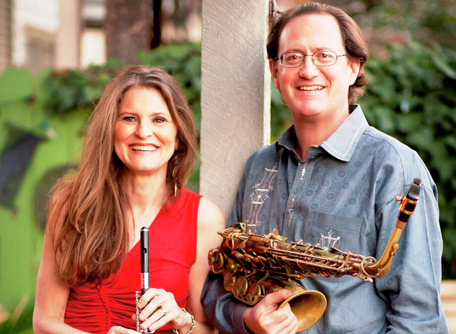 San Antonio jazz players Katchie Cartwright and Richard Oppenheim play Carmens de la Calle Thursday night. COURTESY DAN BORRIS