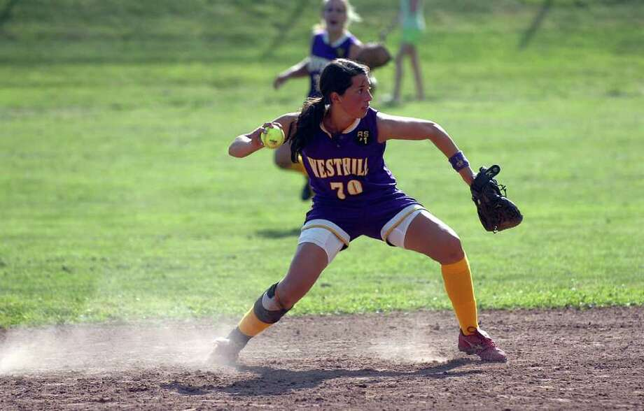 Westhill's Britt Horn in action as Westhill hosts Stamford High in a softball FCIAC playoff game Monday afternoon, May 24, 2010.  Westhill won 8-0. Photo: Keelin Daly, ST / Stamford Advocate
