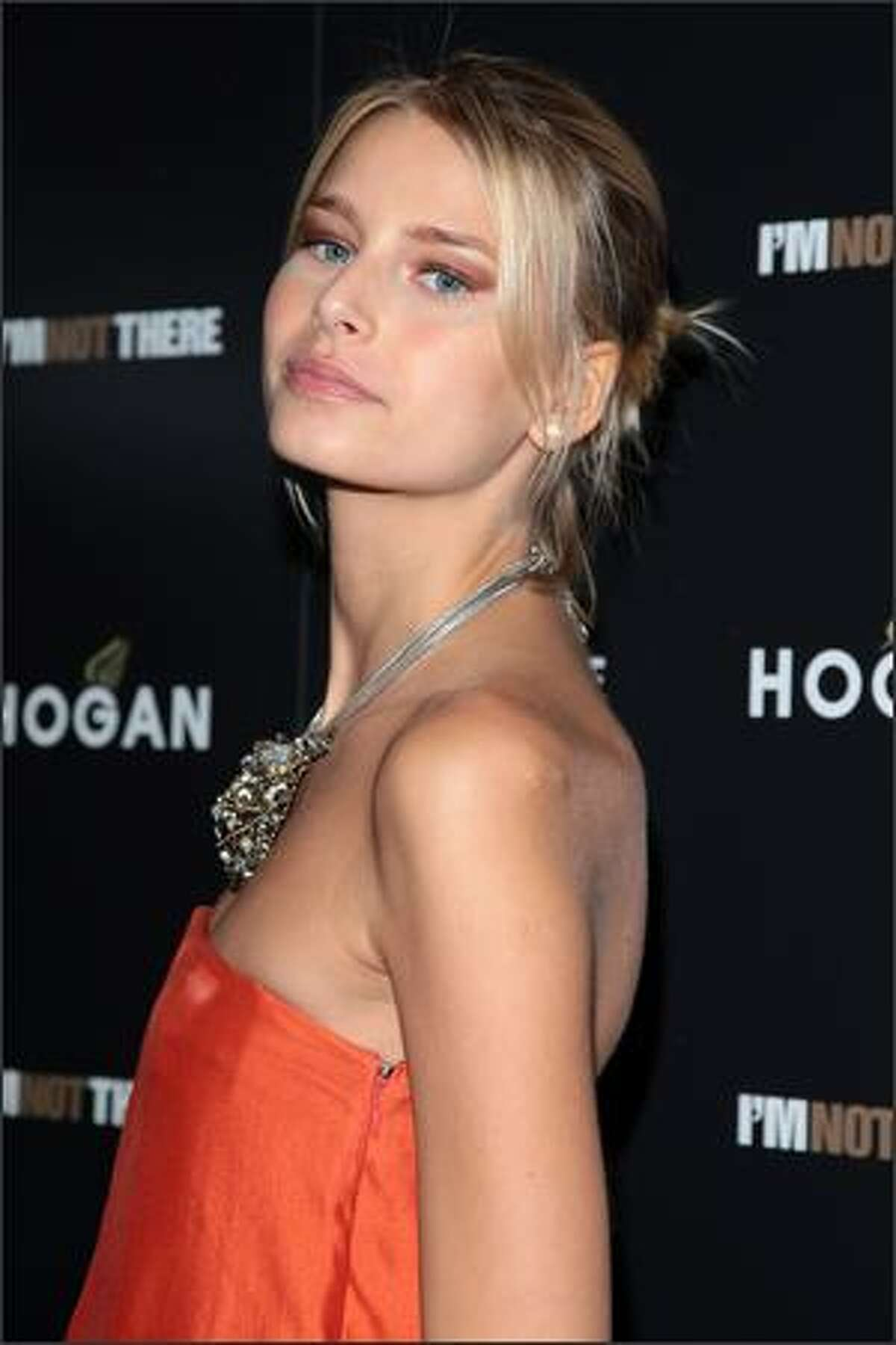 """Model Hana Soukupova attends the New York premiere of """"I'm Not There"""" presented by The Cinema Society and Hogan at the Chelsea West Cinemas on November 13, 2007 in New York City."""