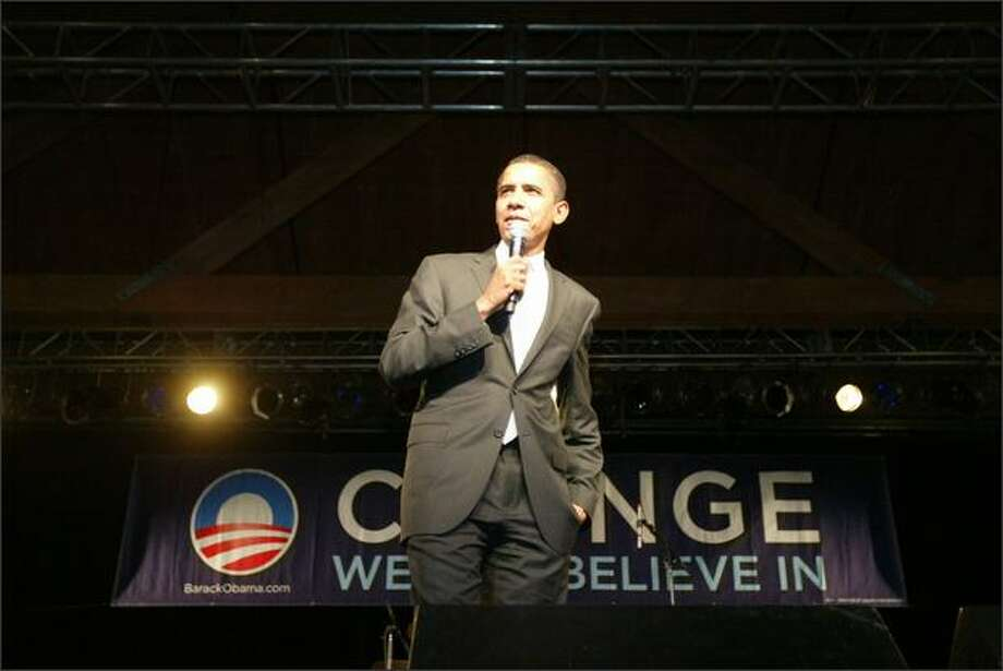Barack Obama speaks at the Showbox SoDo. Photo: Grant M. Haller, Seattle Post-Intelligencer