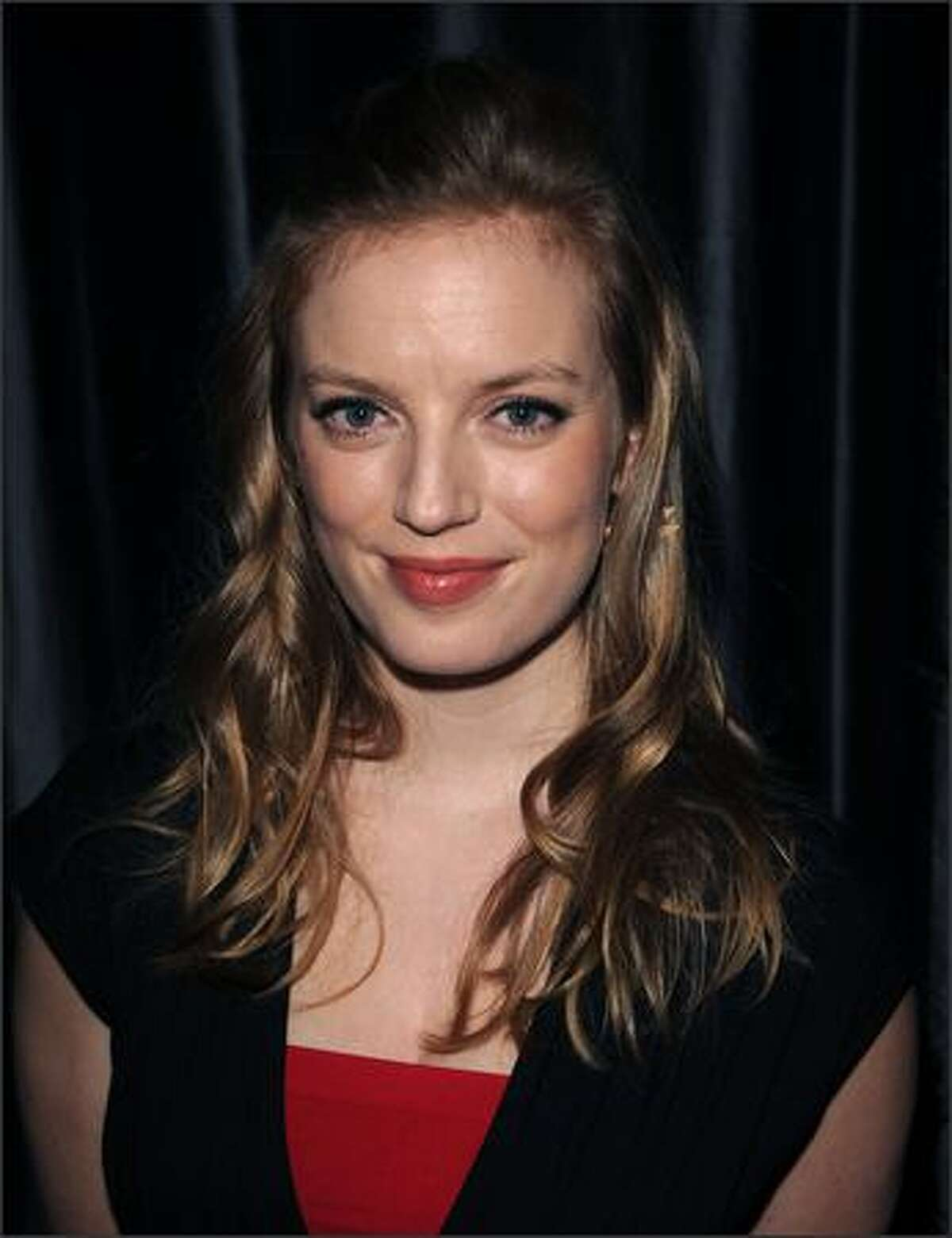 Actress Sarah Polley arrives at the 2007 New York Film Critic's Circle Awards at Spotlight in Times Square, Sunday, in New York. (AP Photo/Peter Kramer)