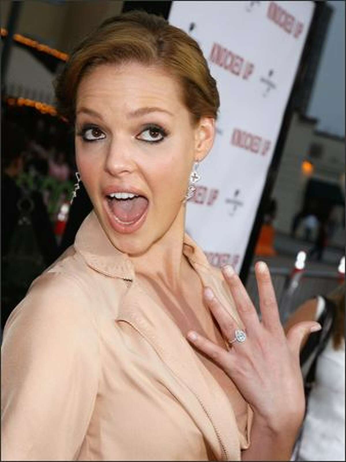 """Actress Katherine Heigl arrives at the premiere of Universal Pictures' """"Knocked Up"""" at the Mann's Village Theater on May 21, 2007 in Los Angeles."""